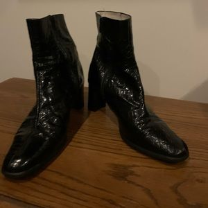 Black leather boots - textured - made in Italy